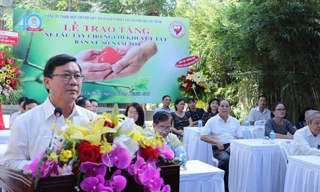Công ty Xổ số Kiến thiết TP. Hồ Chí Minh trao 40 xe lắc tay cho người khuyết tật