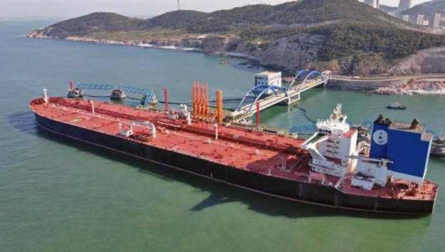 Giá xăng dầu hôm nay 3/8: Giữ đà giảm khi Trung Quốc tăng trưởng chậm