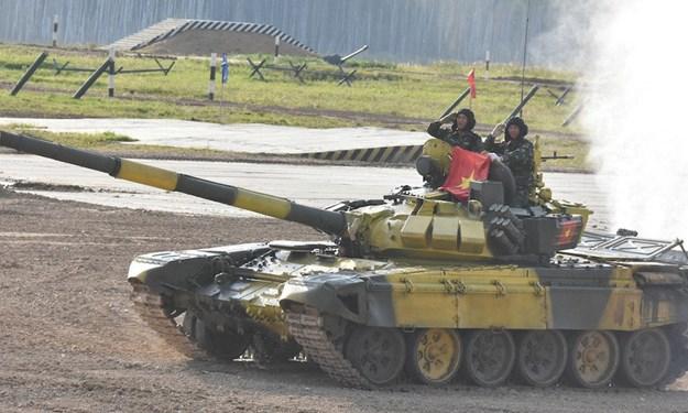 [Video] Vượt qua nhiều đối thủ, Việt Nam lần đầu vào chung kết giải đua xe tăng tại Nga