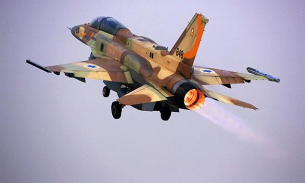 [Ảnh] Tiêm kích F-16 Israel bật tăng lực chạy trốn khi bị S-300 Syria