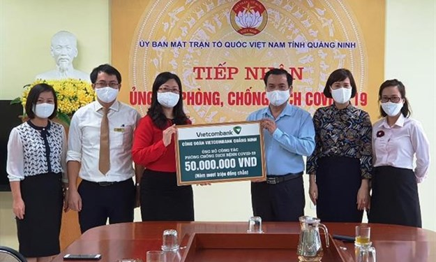Vietcombank Quảng Ninh chung tay phòng chống dịch Covid-19