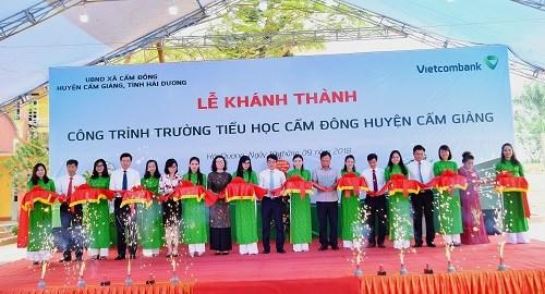 Khánh thành Trường tiểu học Cẩm Đông do Vietcombank tài trợ 5,4 tỷ đồng