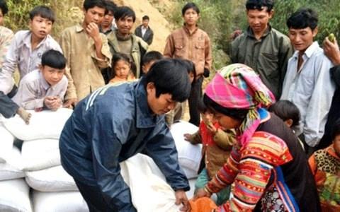Xuất gạo hỗ trợ nhân dân trong dịp Tết Nguyên đán