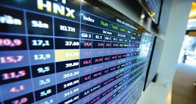 Thanh khoản suy giảm nhẹ trên cả hai sàn HNX và HOSE