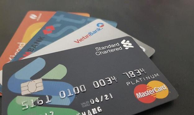 Nhiều lợi ích hấp dẫn khi mở thẻ tín dụng