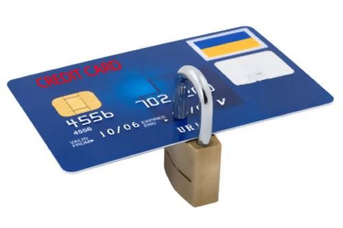 Cách bảo mật thẻ ngân hàng, tránh rủi ro mất tiền trong dịp Lễ