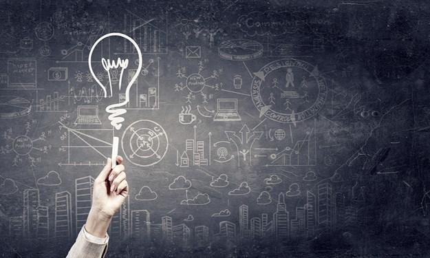 Tổng quan nghiên cứu về tác động của vốn trí tuệ đến hiệu quả hoạt động doanh nghiệp