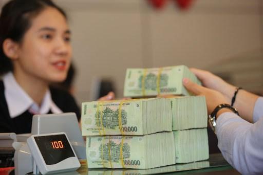 Bất chấp sóng gió, đồng tiền Việt vẫn vững vàng