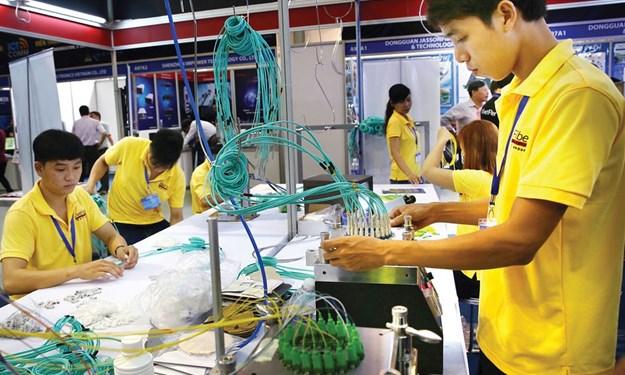 Cách mạng công nghiệp 4.0: Những thách thức đối với phát triển kinh tế tư nhân