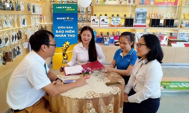 Chính thức hợp tác triển khai phân phối bảo hiểm nhân thọ tại các điểm giao dịch