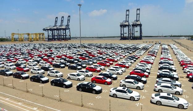 Bất chấp dịch bệnh, nhập khẩu ô tô nguyên chiếc các loại vẫn tăng 71,5%