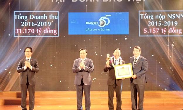Nâng cao năng lực lãnh đạo, giữ vững vị thế Tập đoàn tài chính - bảo hiểm hàng đầu tại Việt Nam