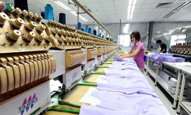 """Covid-19 buộc doanh nghiệp Việt tăng """"sức đề kháng"""" để thích nghi"""