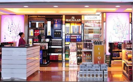 Các loại hàng hóa được bán tại cửa hàng miễn thuế