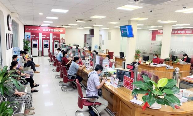 Agribank giảm tiếp lãi suất cho vay, hỗ trợ khách hàng vượt qua đại dịch Covid-19