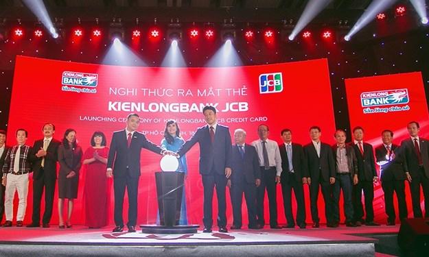 Kienlongbank đánh dấu bước phát triển bằng Thẻ tín dụng quốc tế