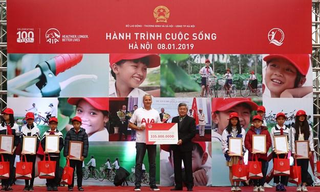 Bảo  hiểm AIA Việt Nam khởi động Chương trình hành trình cuộc sống