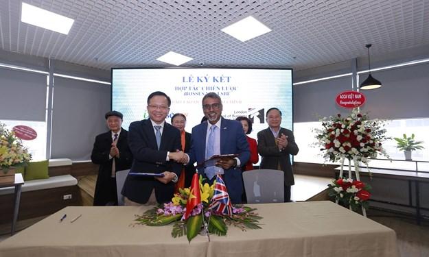 iBosses Việt Nam hợp tác chiến lược với Trường Kinh doanh và Tài chính London