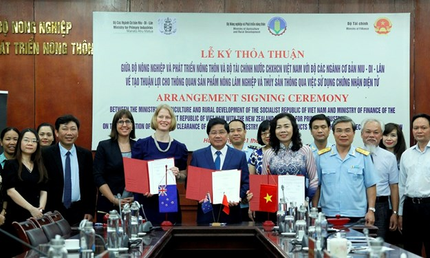 Ký kết hợp tác về hệ thống chứng nhận điện tử trong thông quan nông, lâm sản giữa Việt Nam – New Zealand