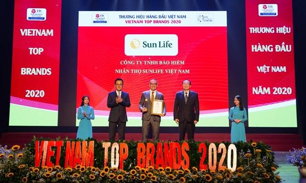 Sun Life Việt Nam đạt danh hiệu Top 10 thương hiệu hàng đầu Việt Nam năm 2020