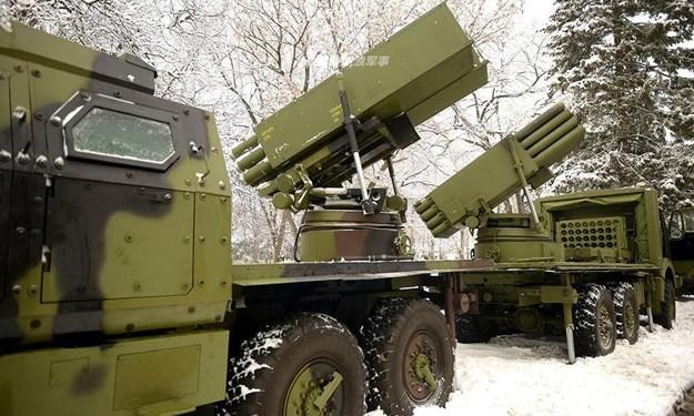 Serbia tiếp nhận hàng loạt vũ khí