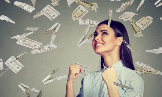 [Infographic] Lương hưu của lao động nữ được điều chỉnh thêm bao nhiêu?