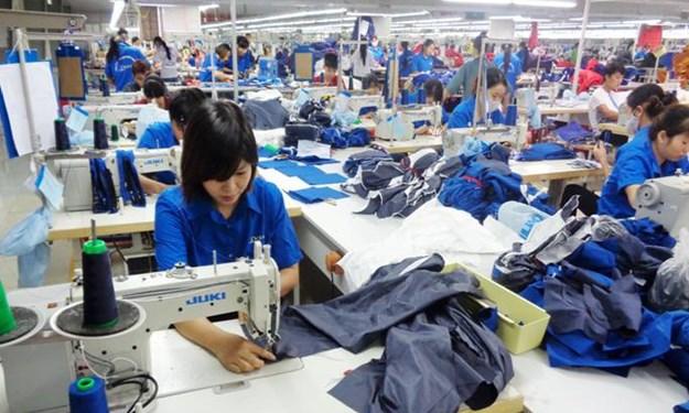 Đổi mới chính sách tiền lương tạo động lực làm việc cho người lao động: Một số vấn đề trao đổi