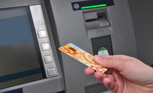 Ngân hàng giải quyết sự cố ATM trong ngày tết