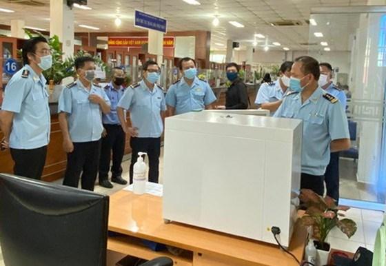 Cục Hải quan TP. Hồ Chí Minh ủng hộ hơn 1,4 tỷ đồng cho Quỹ phòng chống dịch Covid-19