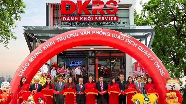 DKRS khai trương văn phòng giao dịch Quận 7