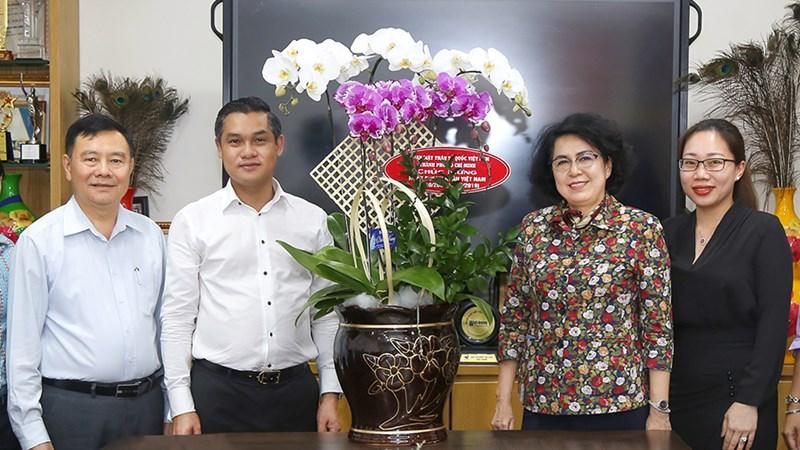 Thăm và chúc mừng lãnh đạo Tập đoàn Hưng Thịnh nhân ngày Doanh nhân Việt Nam