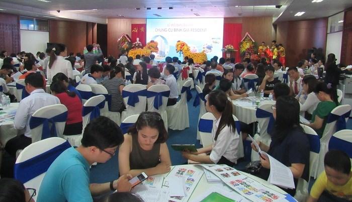 Hơn 250 khách hàng tham dự mở bán căn hộ Bình Giã Resident