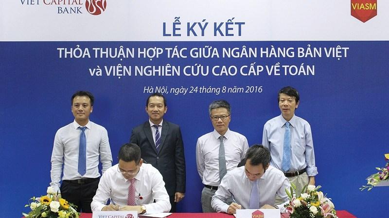 Viet Capital Bank hợp tác cùng Viện nghiên cứu cao cấp về Toán