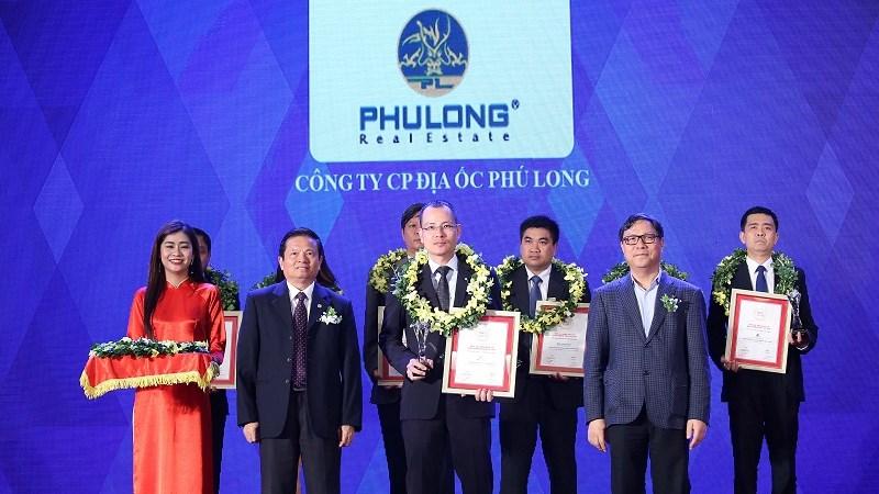 Địa ốc Phú Long lọt vào Top 10 chủ đầu tư uy tín nhất Việt Nam năm 2017