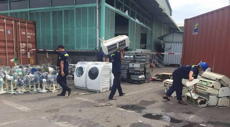 Hải quan Cát Lái liên tiếp bắt giữ số lượng lớn hàng điện lạnh cũ