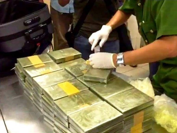100 bánh cocaine vào Việt Nam được phát hiện như thế nào?