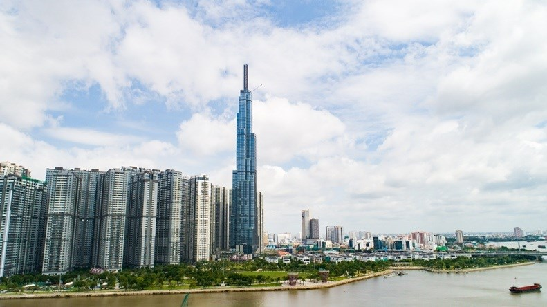 Bán 84 triệu cổ phần cho Hanwha, tỷ phú Phạm Nhật Vượng thu về hơn 9.300 tỷ đồng