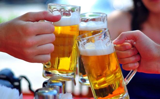 Người Việt xuất khẩu gạo được 2,5 tỷ USD nhưng uống bia hết gần 4 tỷ USD