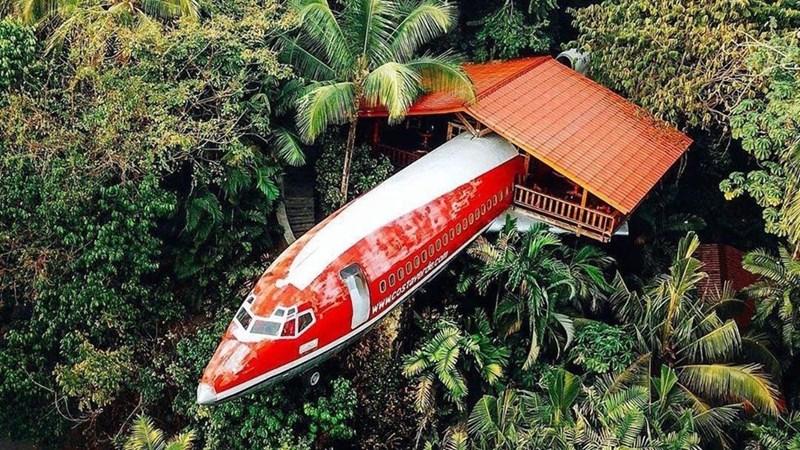 [Video] Biến máy bay thành khách sạn tiện nghi giữa rừng nhiệt đới Costa Rica