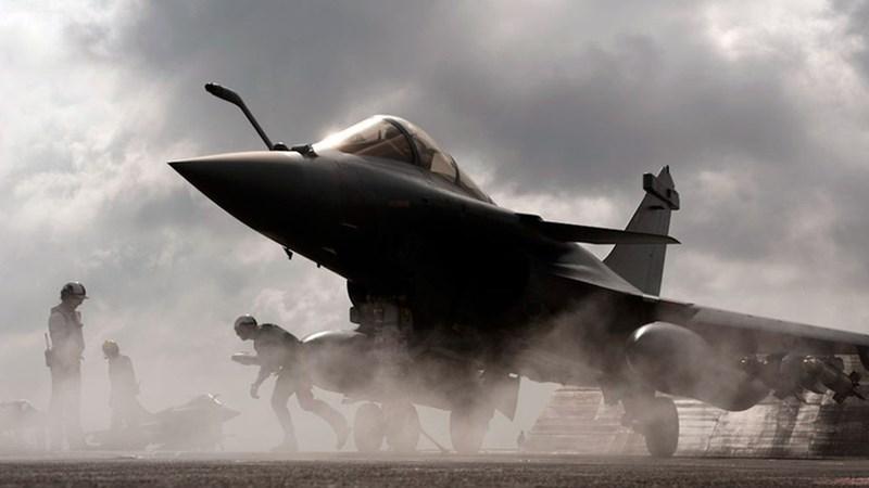 [Video] Tiêm kích hạm tốt nhất Châu Âu bất ngờ được Pháp triển khai để nắn gân Iran
