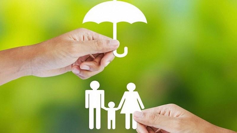 Nhân tố ảnh hưởng đến quyết định tham gia  bảo hiểm nhân thọ của người dân tại TP. Quảng Ngãi