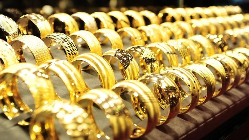 Giá vàng thế giới giảm khoảng 0,4%