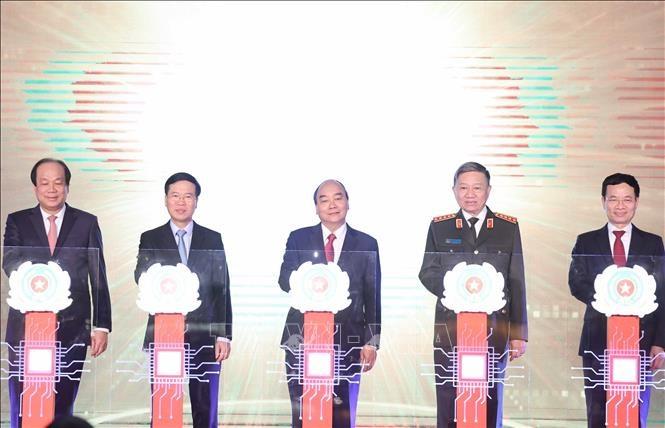 [Video] Thủ tướng Chính phủ dự Lễ khai trương hệ thống cơ sở dữ liệu quốc gia về dân cư