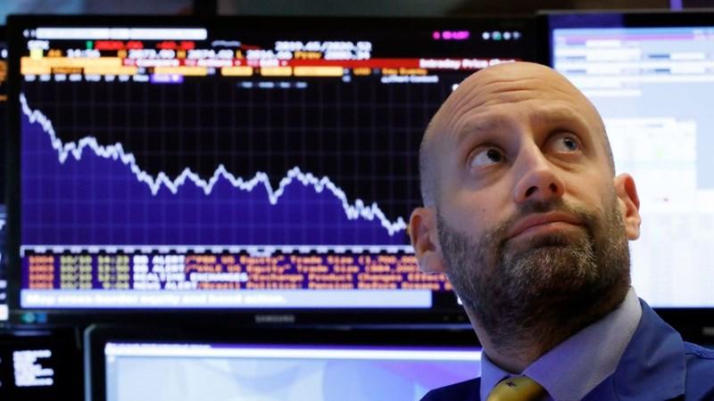 Cổ phiếu tài chính kéo tụt chứng khoán Mỹ sau cuộc họp Fed