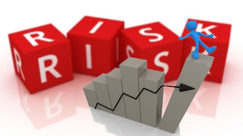 Rủi ro thanh toán phí bảo hiểm bằng tiền mặt