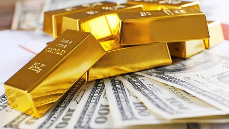 Vàng thế giới ngược dòng tăng giá