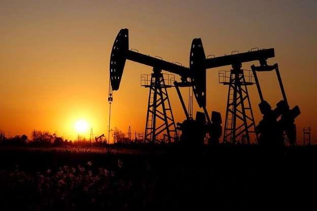 Giá dầu biến động trái chiều trên các thị trường