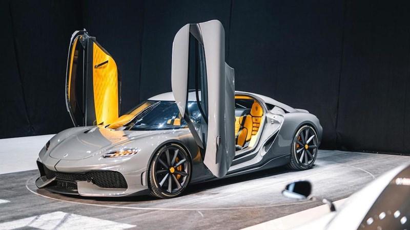 [Video] Siêu xe 4 chỗ đầu tiên của Koenigsegg có công suất 1.700 mã lực