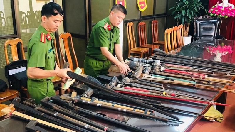 [Video] Chặn nguồn phát sinh tội phạm từ việc siết chặt công tác quản lý vũ khí, vật liệu nổ, công cụ hỗ trợ