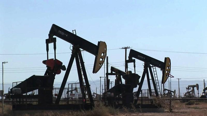Giá dầu giảm khi nhà đầu tư manh nha lo sợ về kịch bản giá dầu sụp đổ